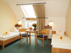 Doppelzimmer, Alte gutsanlage Mölschow